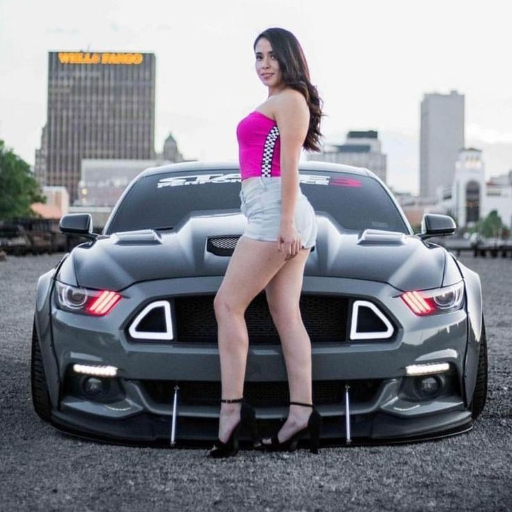 These Easy On The Eyes Girls Just Cant Help Them Selves on #SuperCars. Check Them Out #car #cargirls