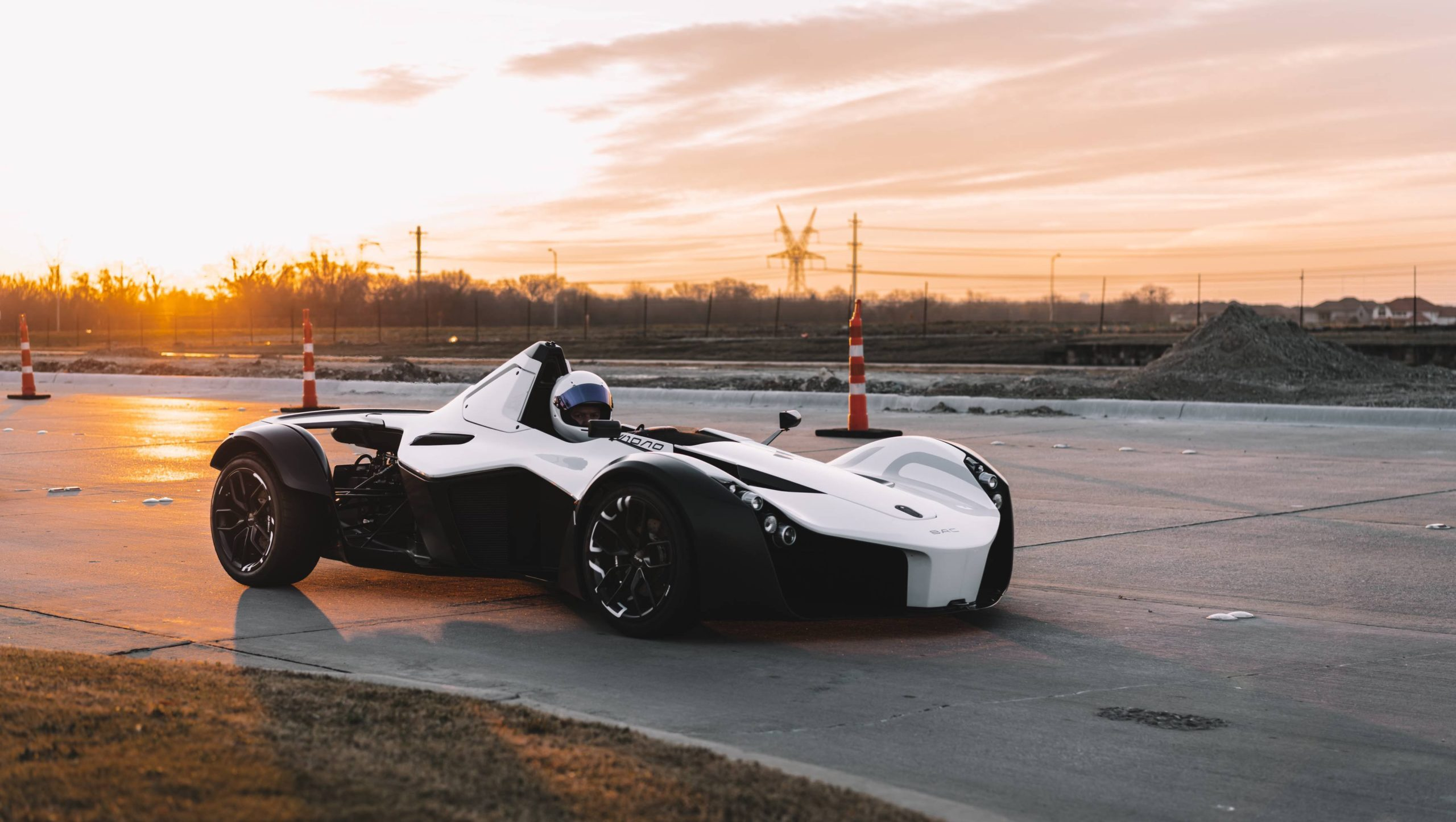 Never thought I'd see a BAC Mono in person. This is from a month or so back but kept forgetting to post it here.