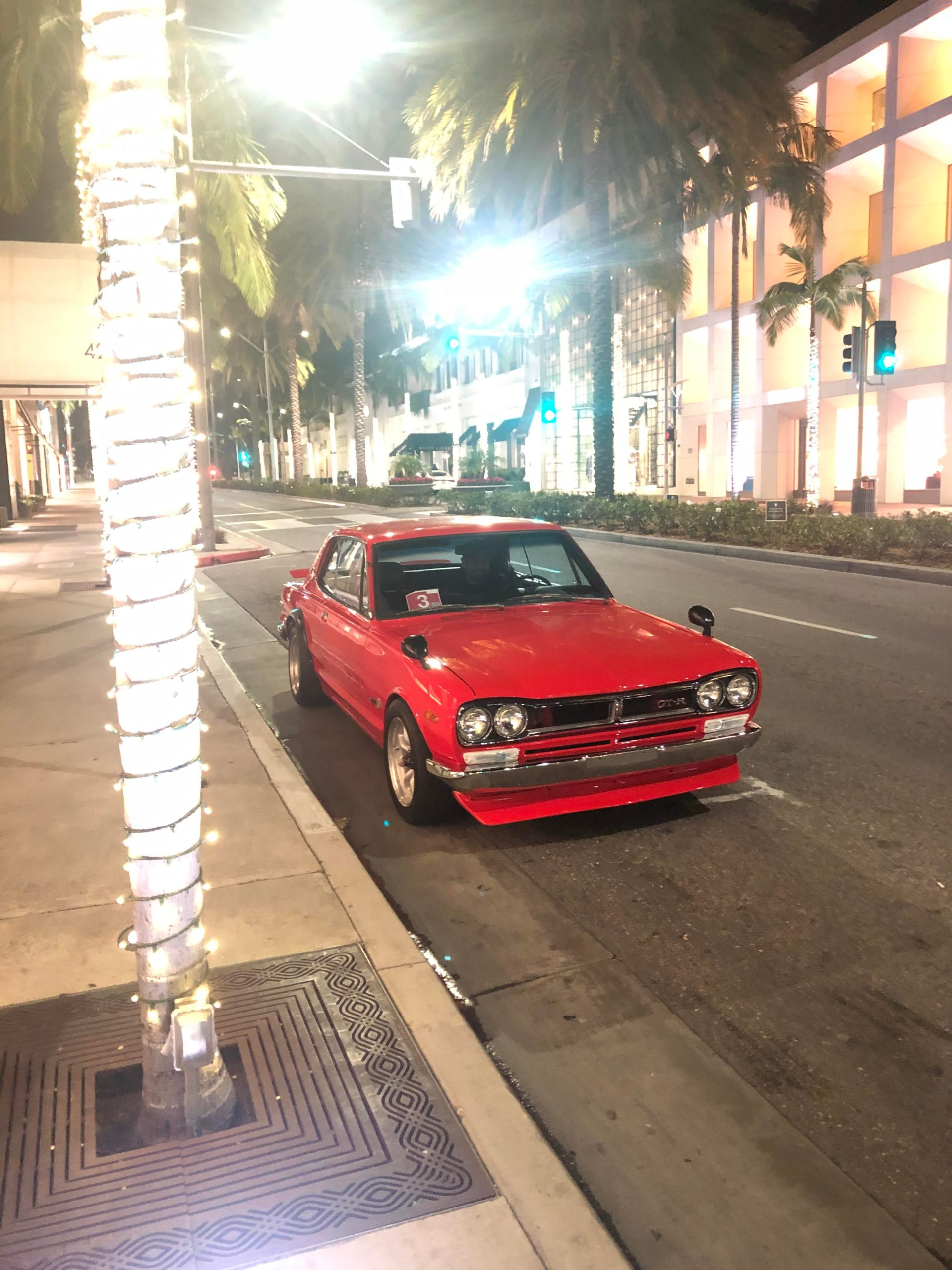 Just saw this Skyline GTR in Beverly Hills. Owner is from Qatar and converted it to LHD so he can legally drive it in Qatar