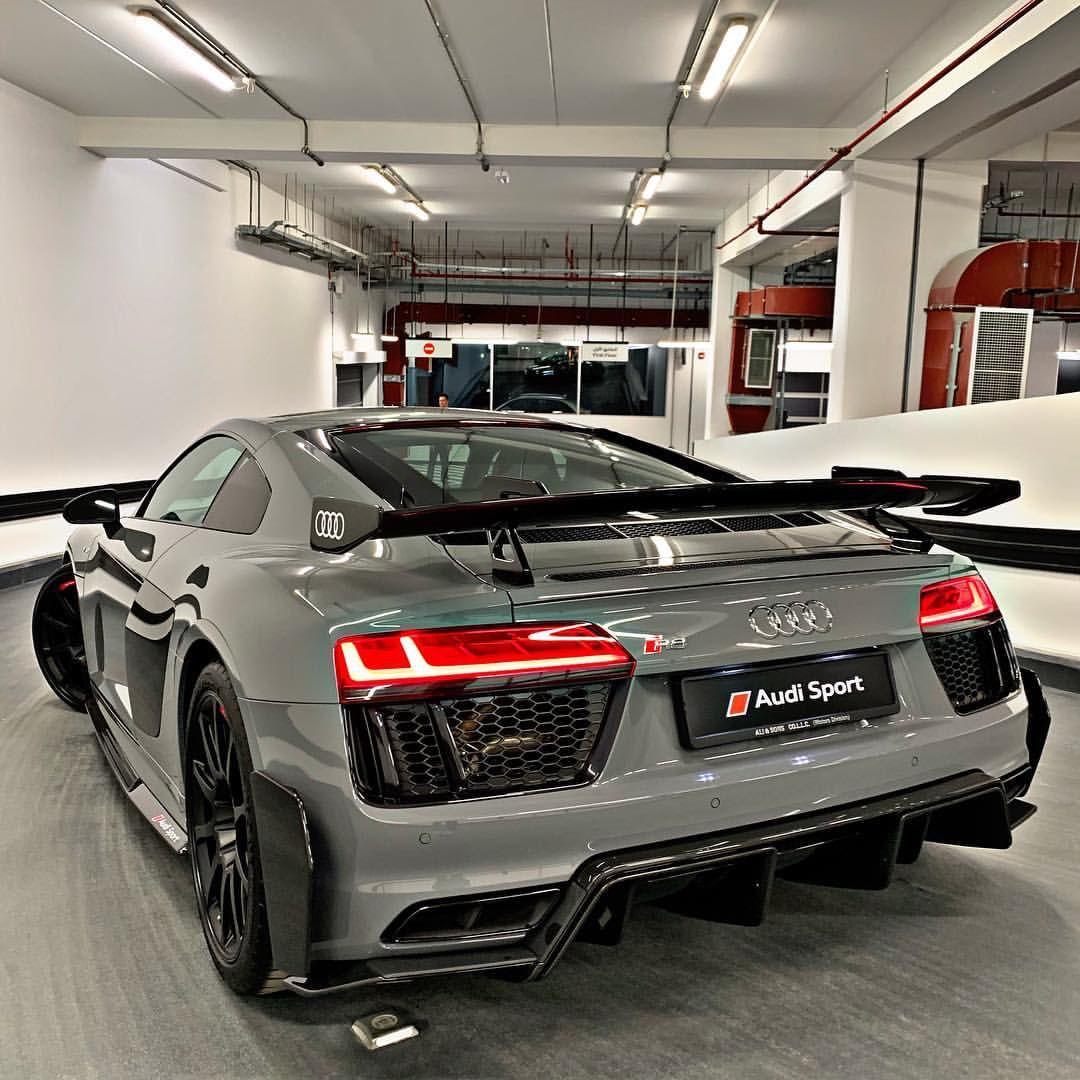 Nardo Grey Audi R8