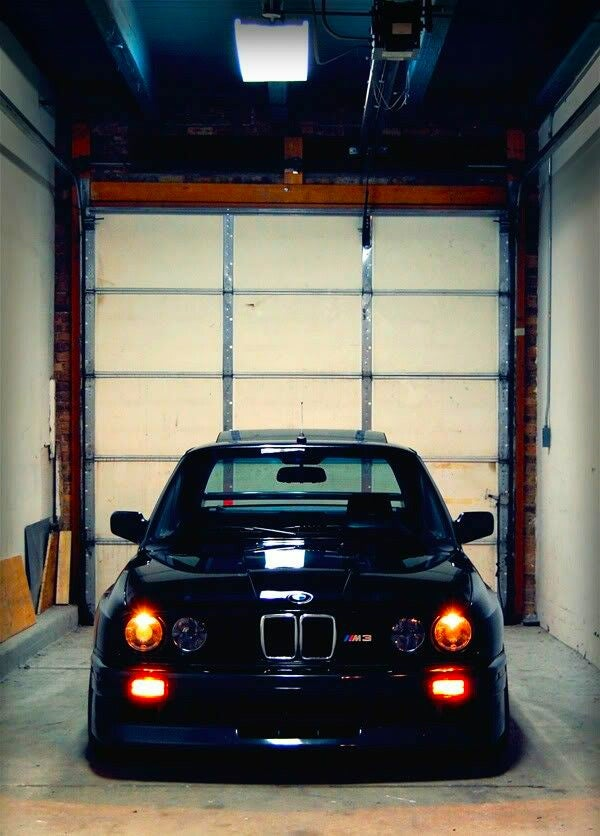 BMW ///M3 E30 Tribute