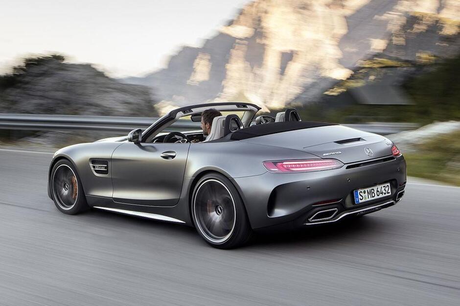 Sturmfrisur bei 316 Sachen!Mercedes-AMG GT C Roadster: 557 PS