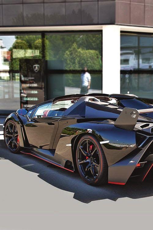 #Veneno Roadster ! Very Very Stunning