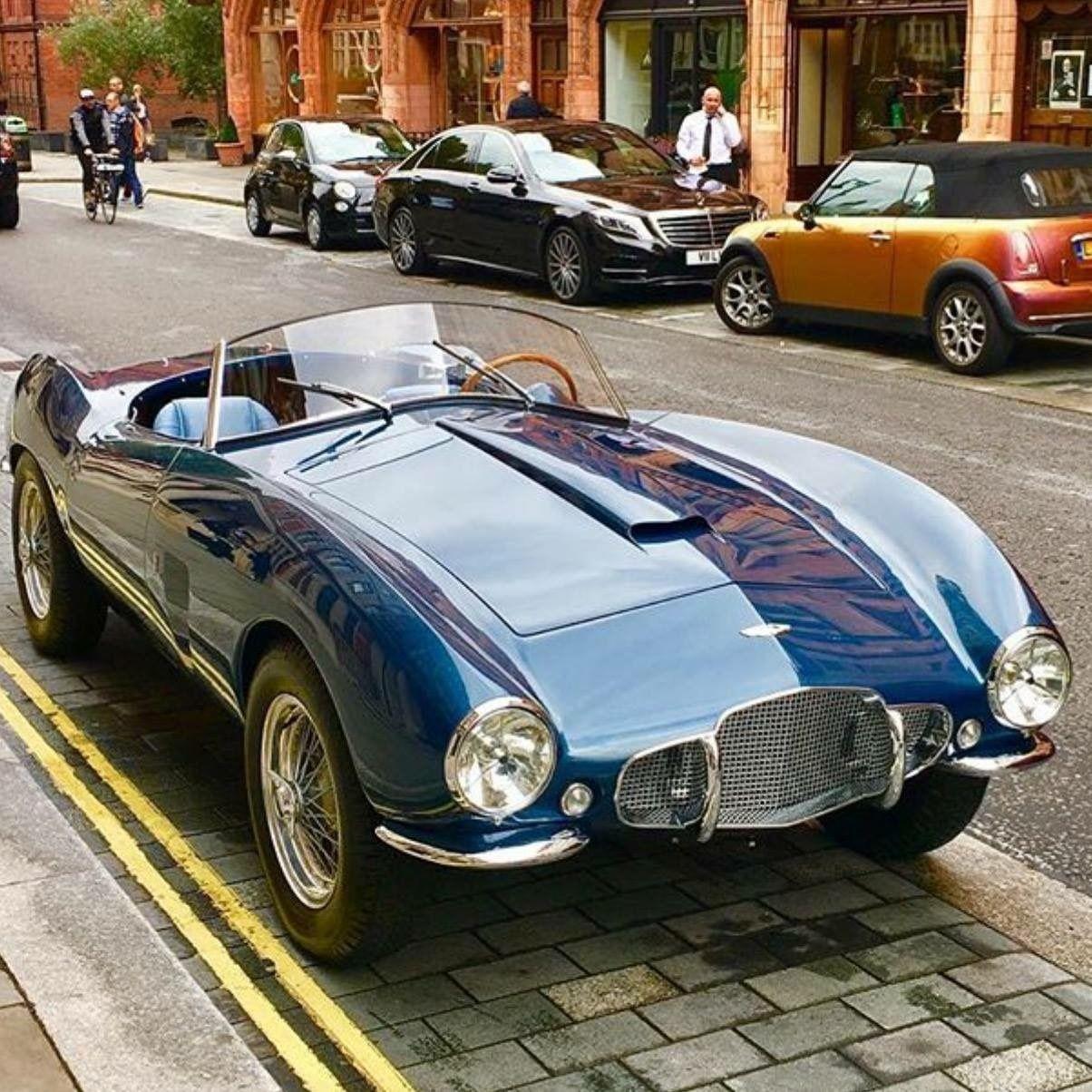 Aston Martin convertible – Wow, that's gorgeous! #Classic #SportsCar #Style #Des…