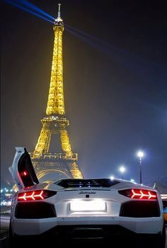 A Lamborghini in Paris. Seeing the city of lights in this car would be spectacul…