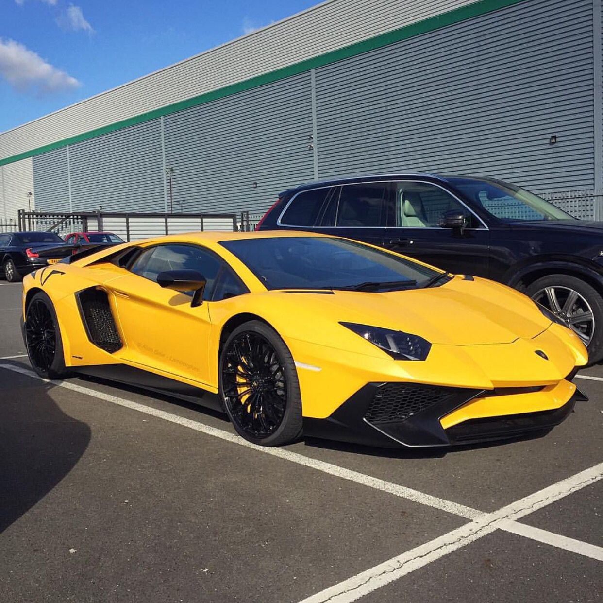 Lamborghini Aventador Super Veloce Coupe painted in Giallo Orion Photo taken by:…