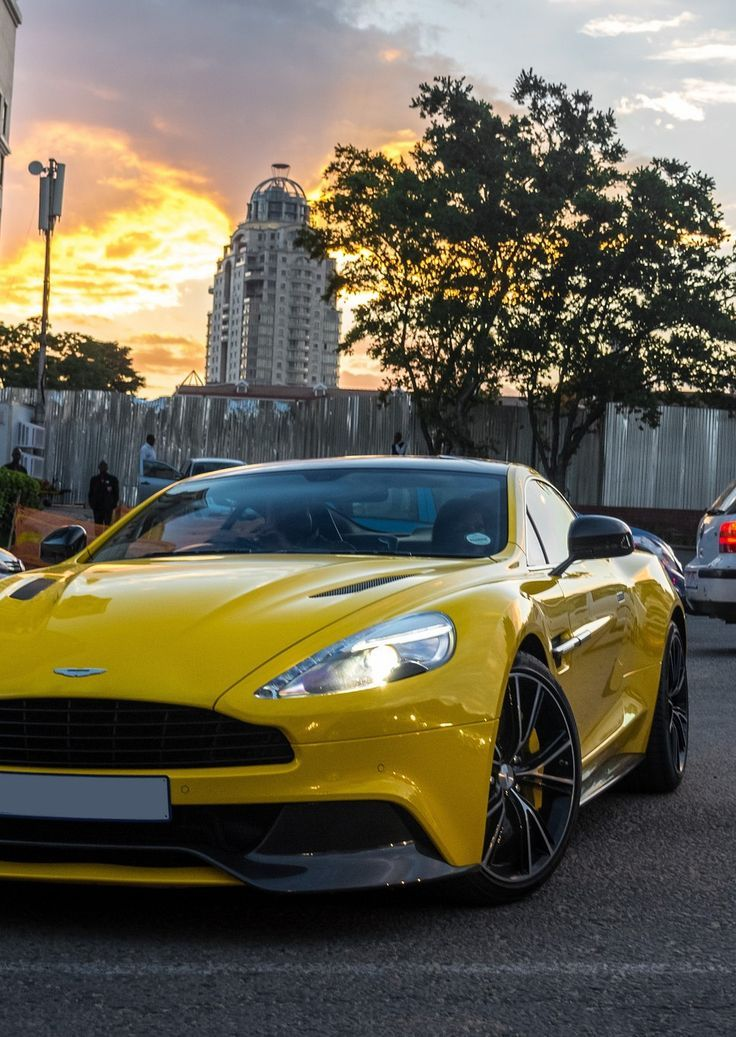 Aston Martin auto – good photo