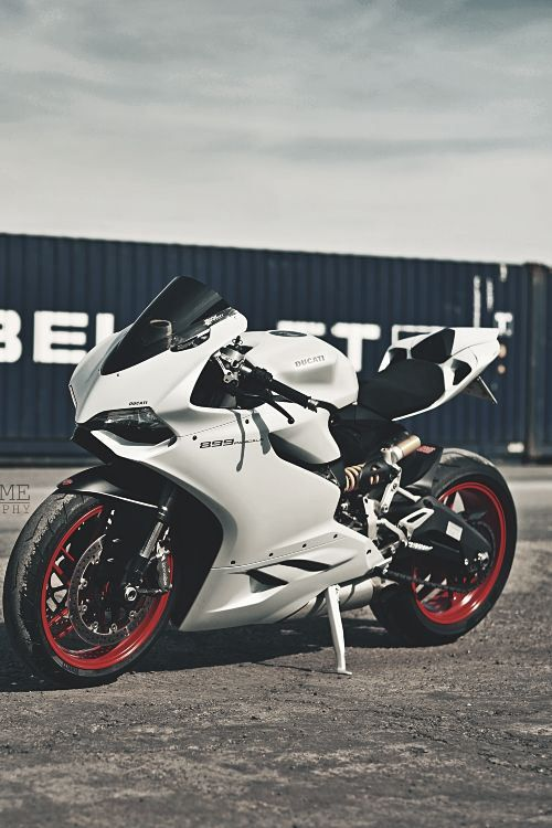 Ducati 899 Paningale Black and White – 202 mph for more visit svpicks.com/…