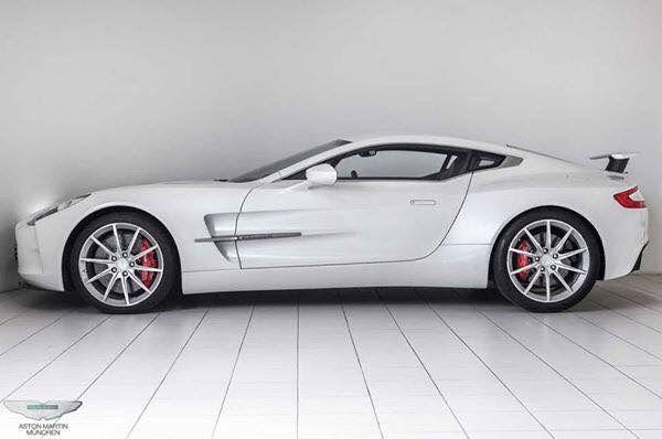 Aston Martin One77 – 2,260,000€