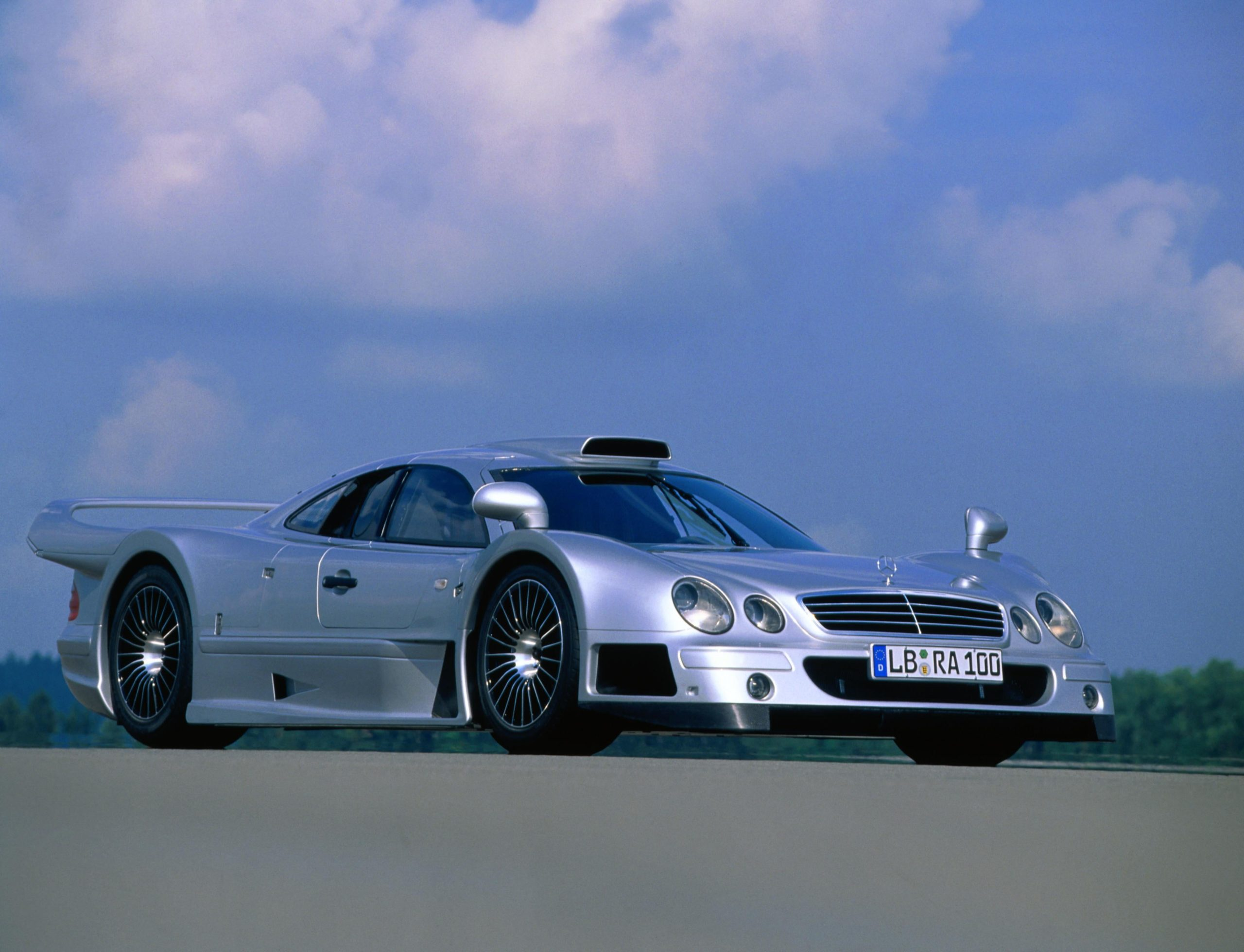 Mercedes-Benz CLK GTR AMG 1997-99 , one of the rarest mercedes of all time
