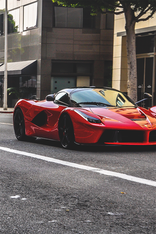 LaFerrari Cruising