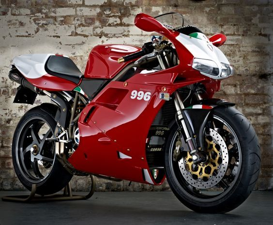 Lightly modified Ducati 996SPS