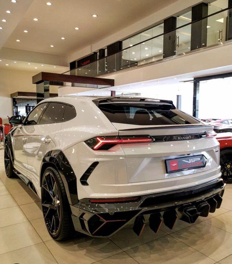 Urus SUV
