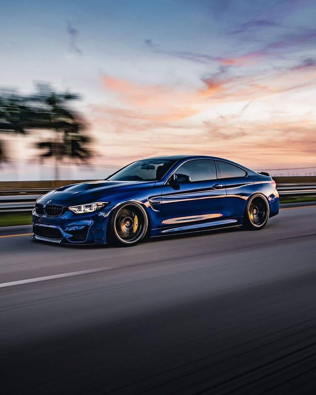 BMW M4 CS….
