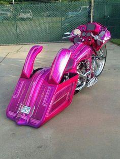 Resultado de imagen para bagger harley davidson rosa