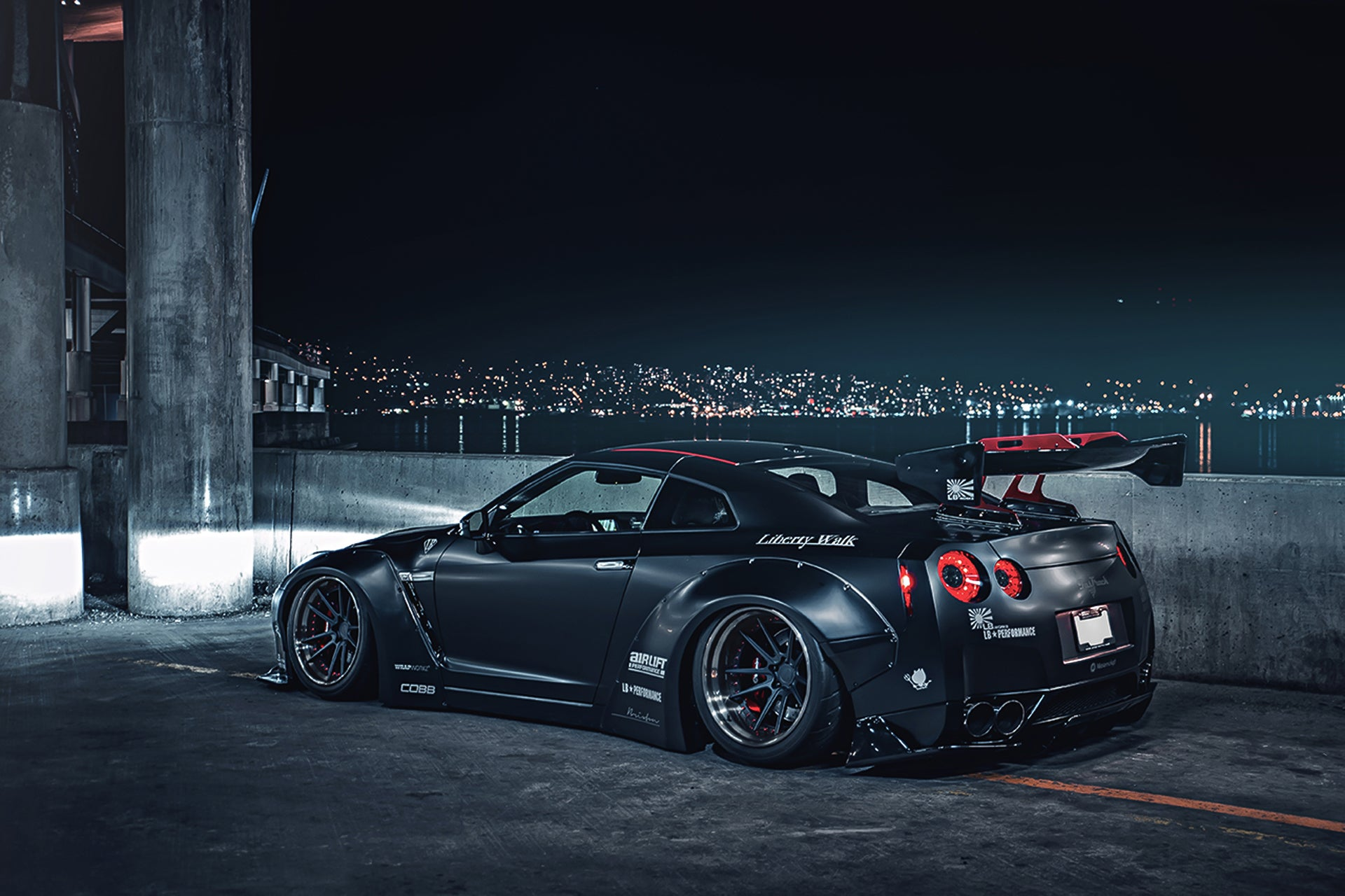 Nissan Skyline GT-R R35 Liberty Walk