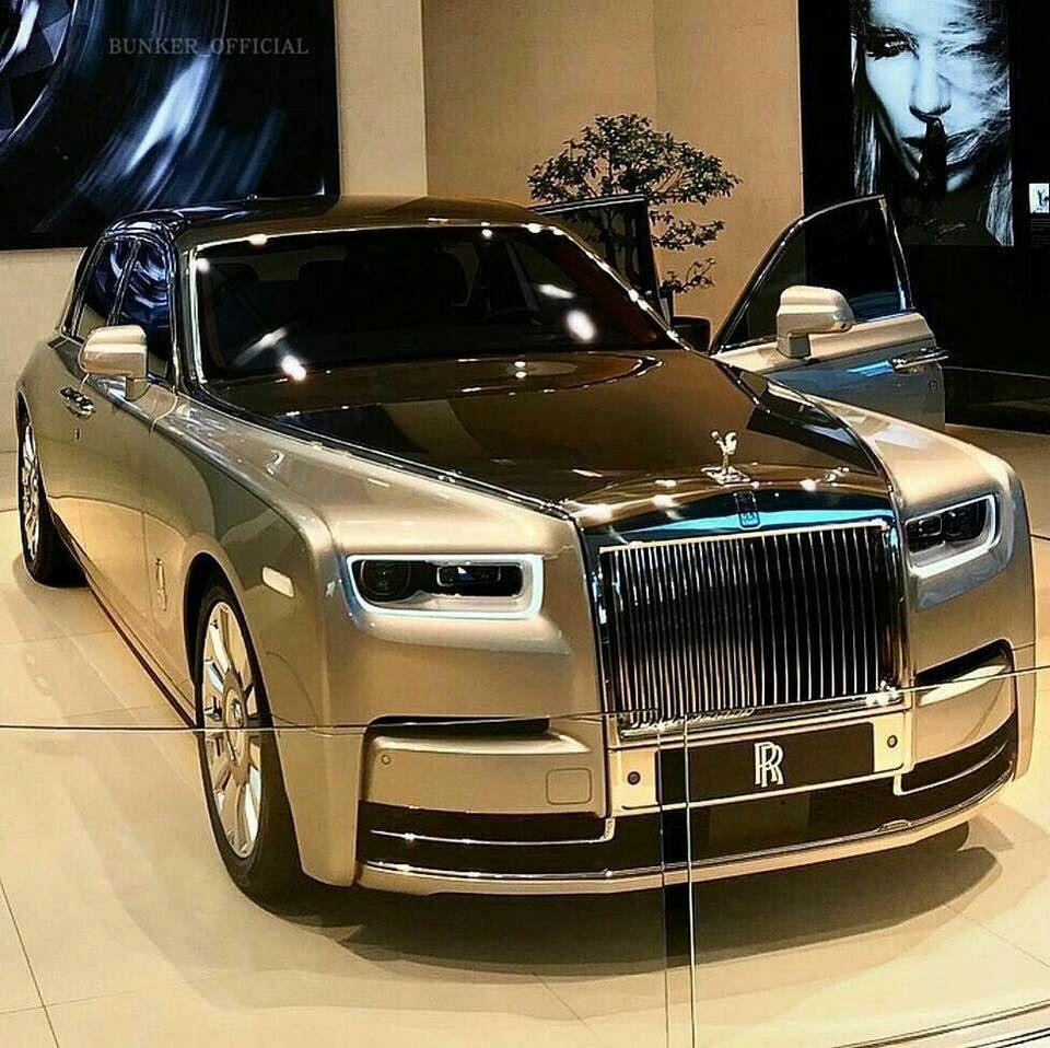Rolls-Royce Phantom Vlll