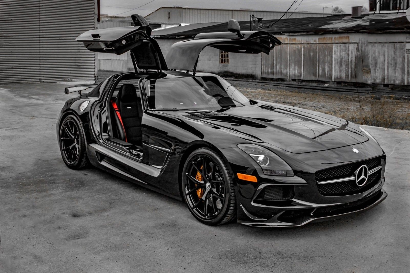 2014 Mercedes-Benz AMG SLS Black