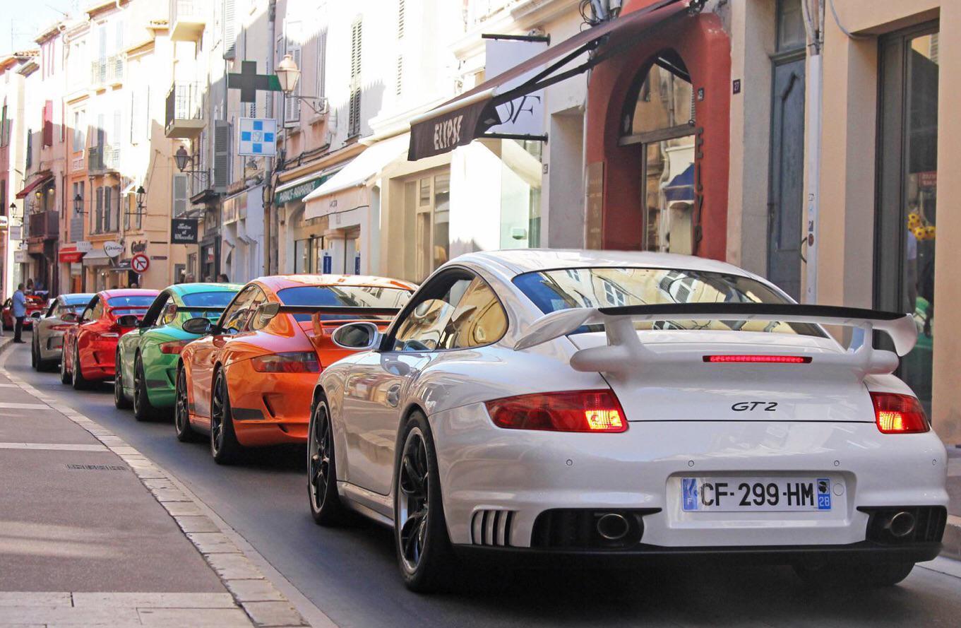 Porsche Invasion