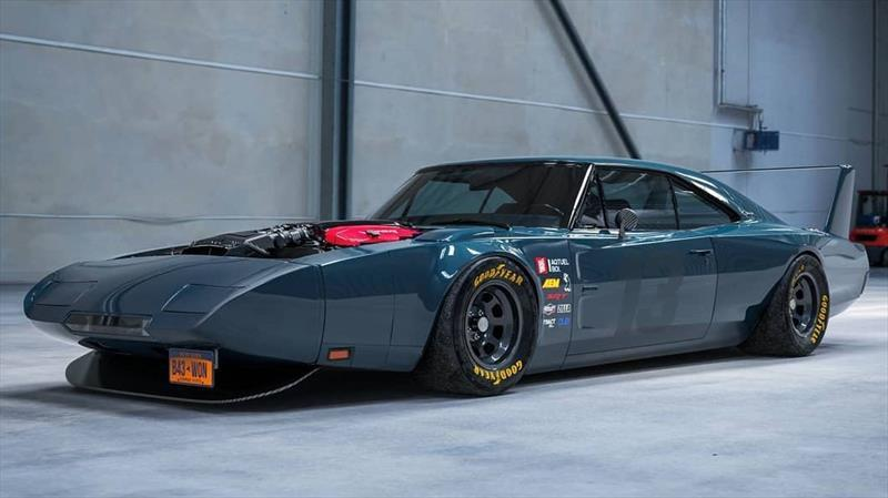 I can't physically explain how much I love this 1969 Dodge Charger Daytona with a Viper V10 8.4 645 Hp