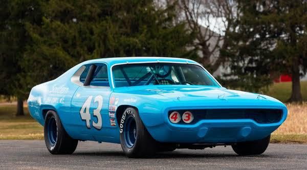 1971 Plymouth Road Runner (Richard Petty)