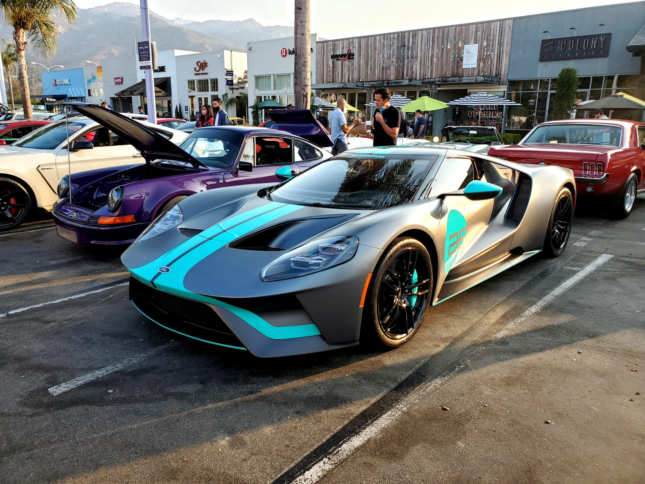 Gorgeous Ford GT at Malibu