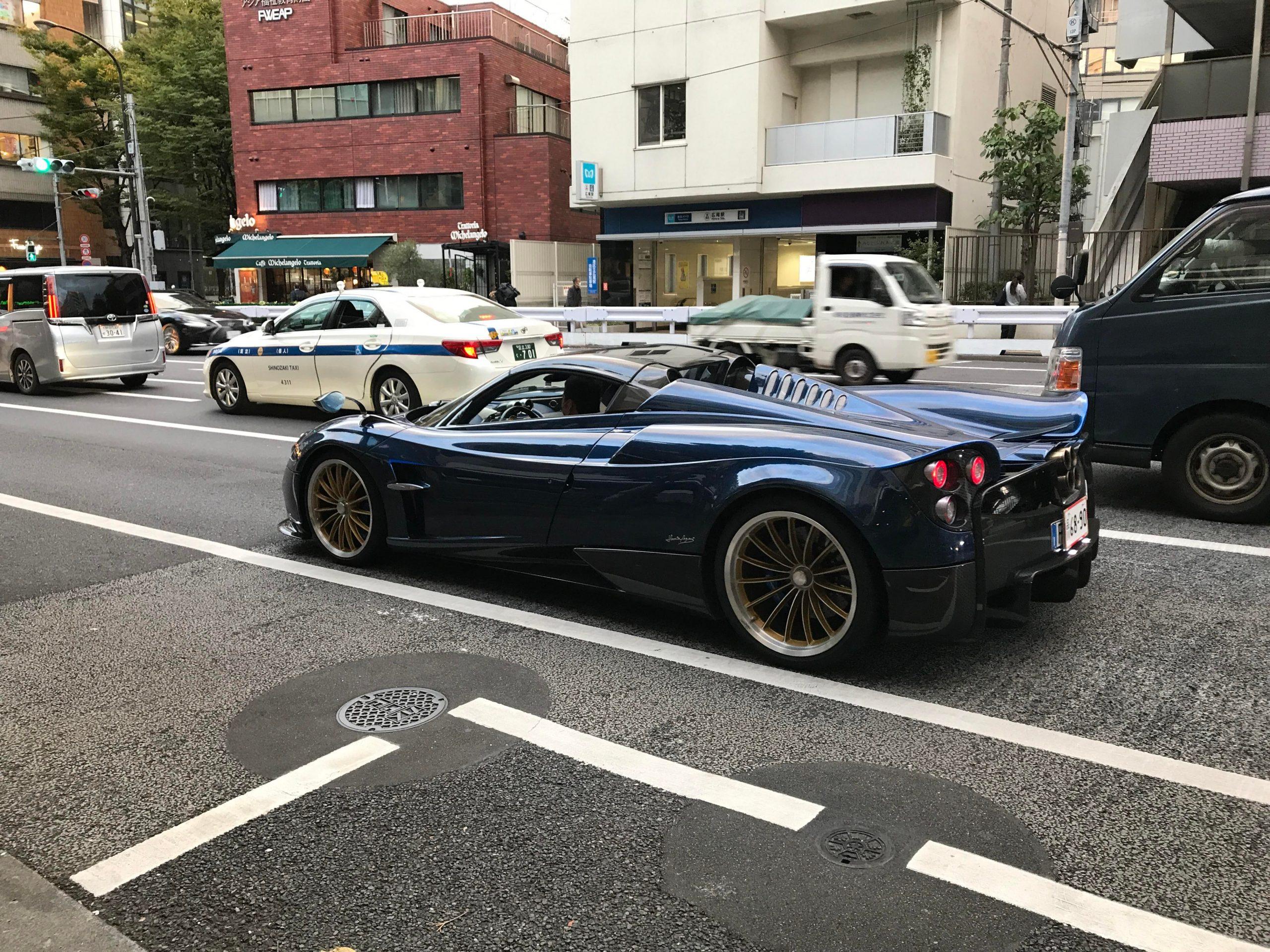 Walking through Tokyo when this Pagani Huarya came rumbling through.