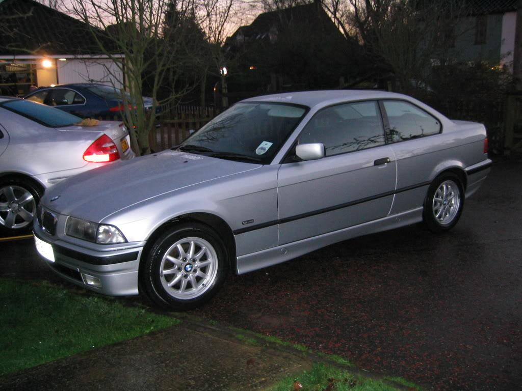 BMW 316i coupe (E36)