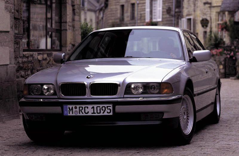 BMW 725tds (E38)