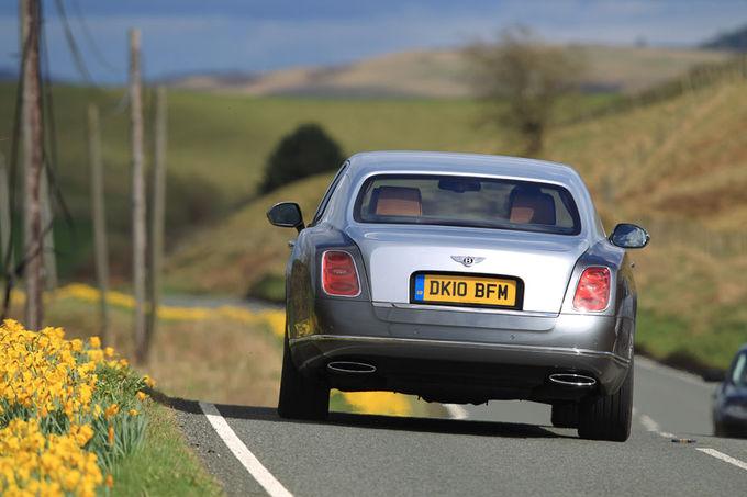 Bentley Mulsanne L limousine