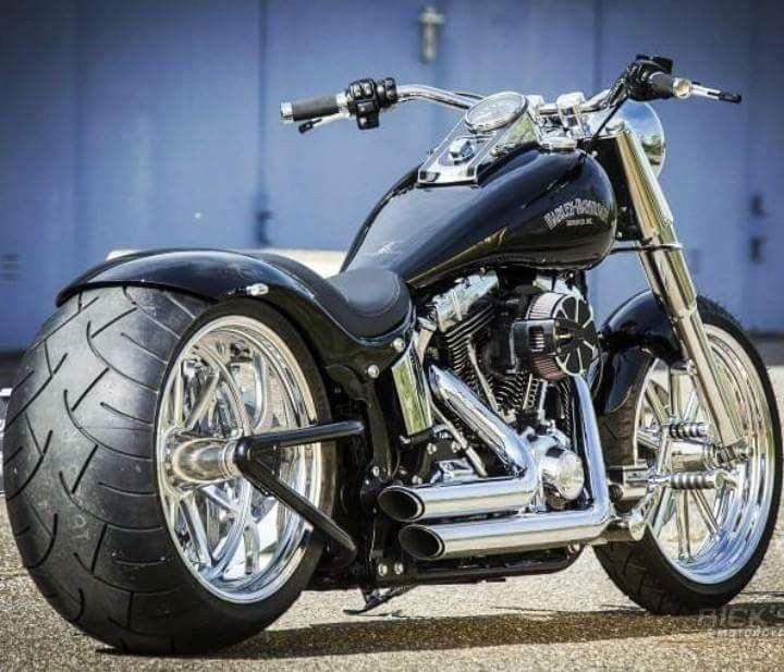 #Harleydavidsonstreet