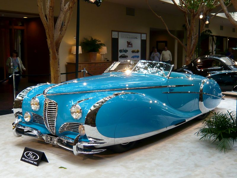 The 1949 Delahaye Type 175S Saoutchik Roadster. A one of a kind coachbuilt car once owned by 50s British Bombshell Diana Dors. (X-post r/RetroFuturism)