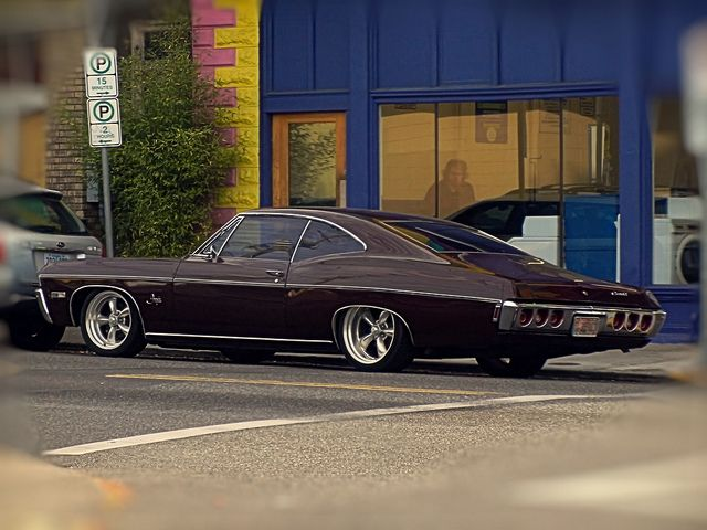 1968 Chevrolet Impala 327 Fastback