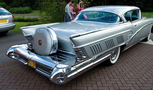 1958 Buick Limited 2-Door Hardtop.
