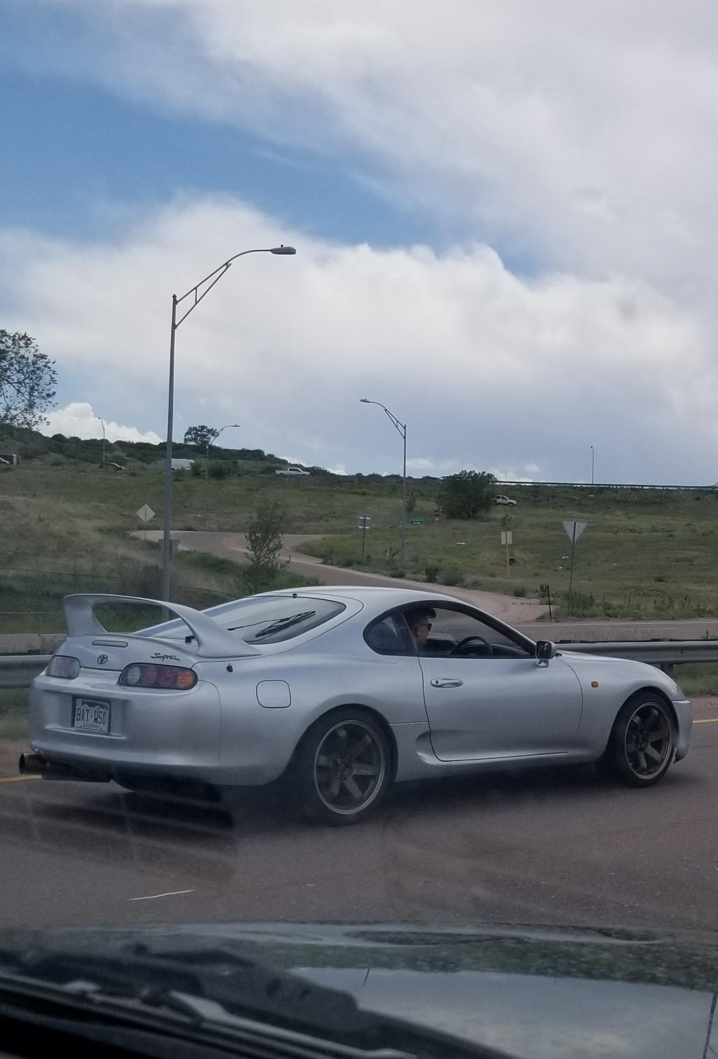 Found a Supra RZ on my way to go hiking with my family. It was rhd with I found pretty cool. This was my first time seeing a MK4 Supra in Colorado, but it Denver I see A90s everywhere up there.